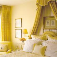 Gele slaapkamer ontwerpen.